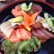 37.Sashimi Deluxe Selection